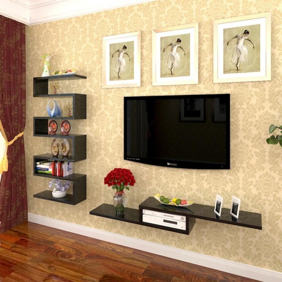 полки возле телевизора на стене фото редкие